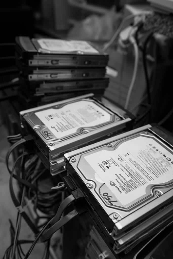 seagate hard disks waiting to be flashed